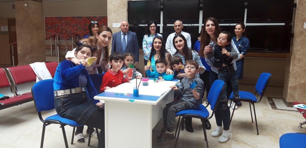 Nazirlik: Azərbaycanda 81 autizm sindromlu uşaq qeydiyyatdadır (FOTO) - Gallery Image