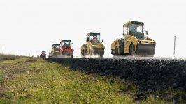 14 km uzunluğunda Salyan-Biləsuvar avtomobil yolu yenidən qurulur (FOTO) - Gallery Thumbnail