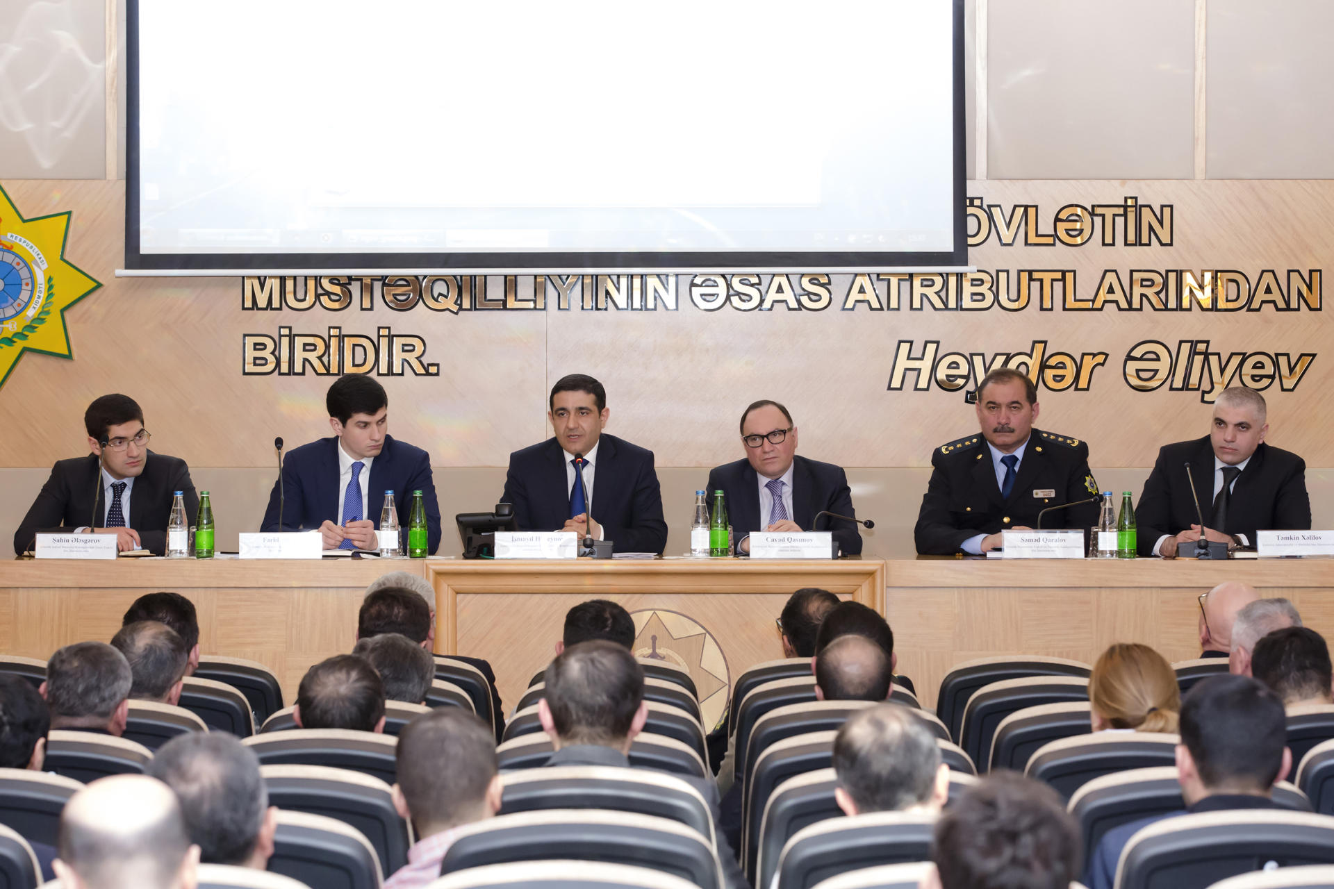 Azerbaijani entrepreneurs to be able to export goods without coming to customs bodies (PHOTO) - Gallery Image