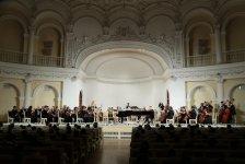 Musiqi məktəbi hesabat konserti keçirib (FOTO) - Gallery Thumbnail