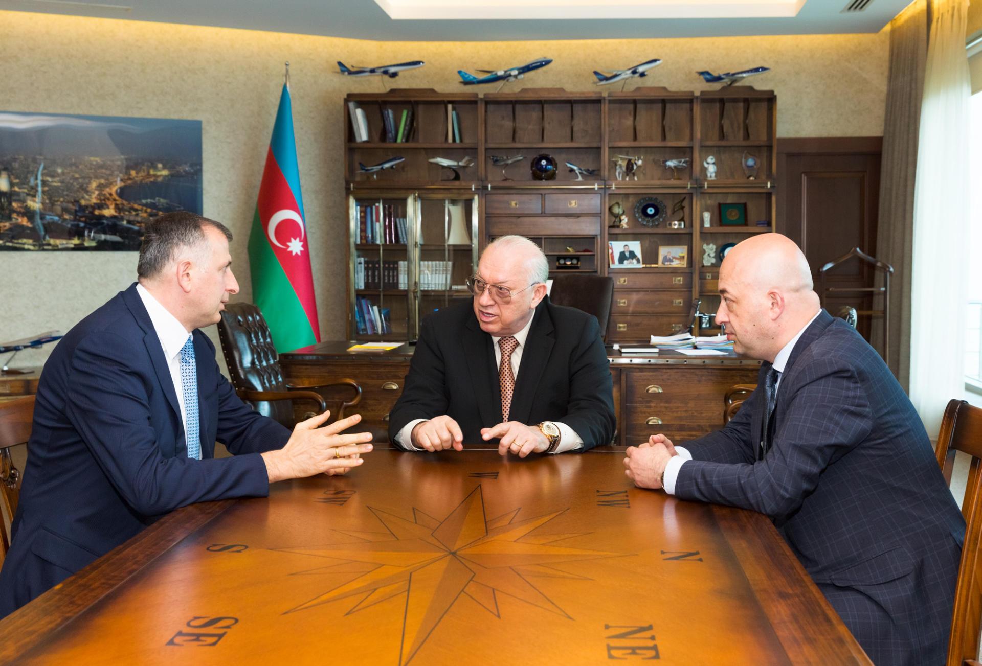 AZAL prezidenti Batumi meri ilə görüşüb (FOTO)