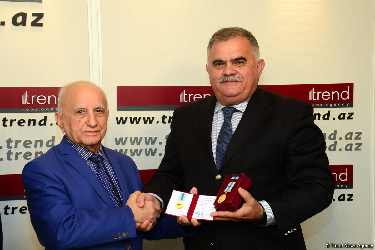 Staff members of Trend news agency awarded for positive coverage of 100th anniversary of Azerbaijani Security Bodies (PHOTO) - Gallery Image