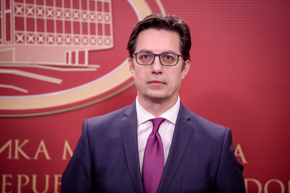 Stevo Pendarovski wins first round of presidential vote