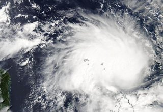 Severe cyclonic storm hits India's western cost, may intensify