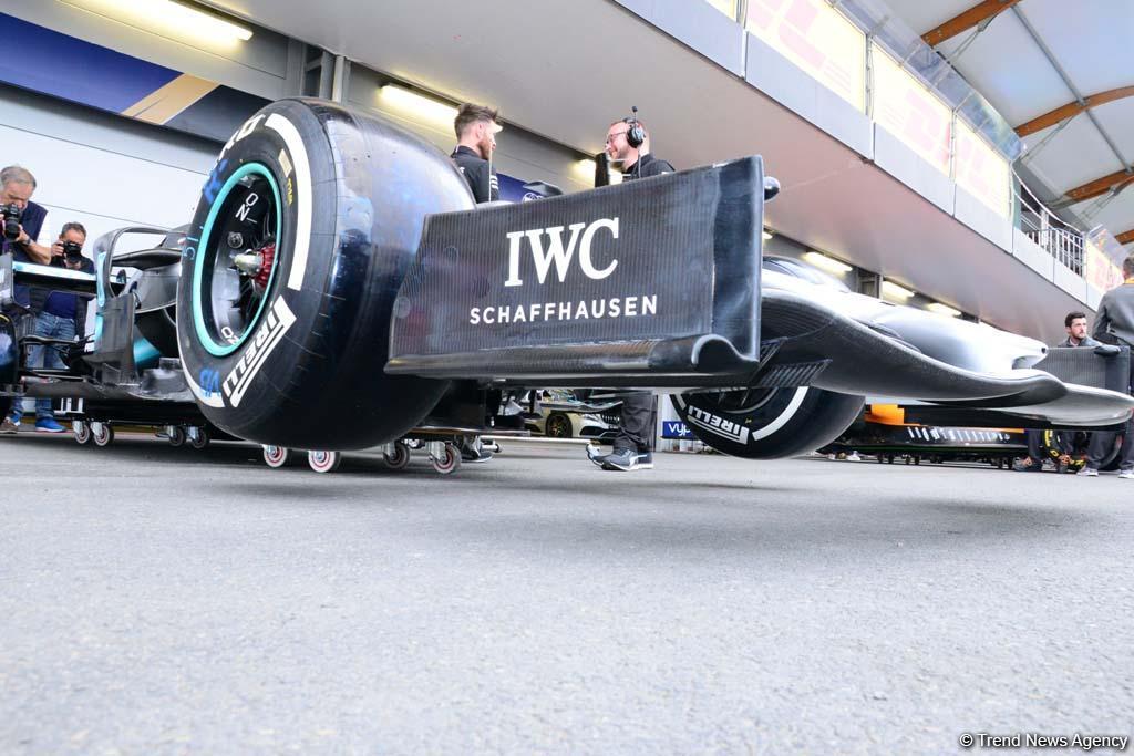 Bakıda Formula 1 bolidlərinin son hazırlıqları (FOTO) - Gallery Image