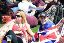 Fans of Formula 1 SOCAR Azerbaijan Grand Prix at Baku Boulevard (PHOTO) - Gallery Thumbnail
