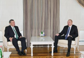 President Ilham Aliyev receives delegation led by Uruguayan foreign minister
