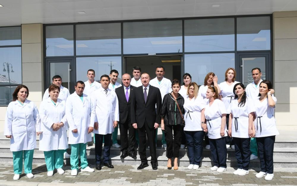 Azerbaijani president, first lady inaugurate Gobustan District Central Hospital (PHOTO)