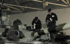 Silah və hərbi texnika yay mövsümündə istismar rejiminə keçirilir (FOTO) - Gallery Thumbnail