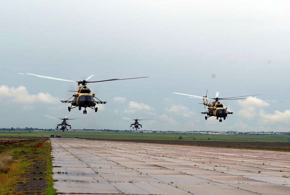 Azerbaijan's military helicopters leave for Turkey to participate in int'l exercises (PHOTO)