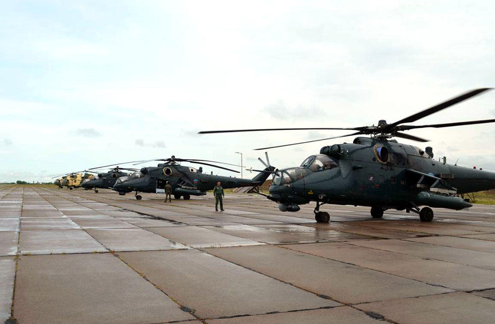 Azerbaijan's military helicopters leave for Turkey to participate in int'l exercises (PHOTO) - Gallery Image