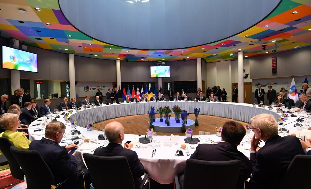 Dinner reception hosted for heads of state and government of Eastern Partnership countries (PHOTO)