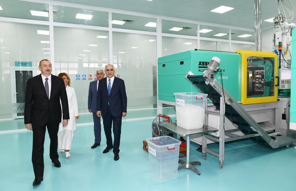 """Prezident İlham Əliyev Pirallahı Sənaye Parkında """"Diamed Co"""" şpris istehsalı zavodunun açılışında iştirak edib (FOTO) (YENİLƏNİB) - Gallery Image"""