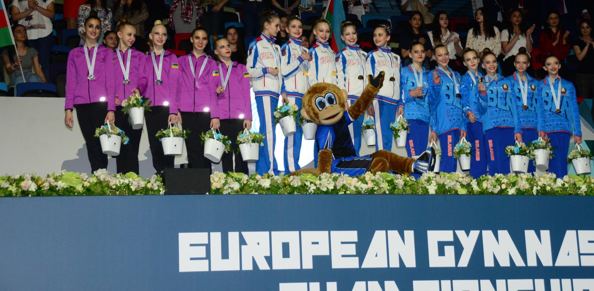 В Баку состоялась церемония награждения команд-победителей Чемпионата Европы по художественной гимнастике (ФОТО) - Gallery Image