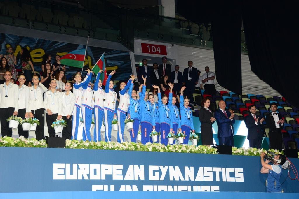 В Баку состоялась церемония награждения команд-победителей Чемпионата Европы по художественной гимнастике (ФОТО)