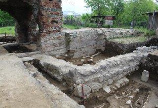 В Азербайджане обнаружен древний христианский памятник (ФОТО)