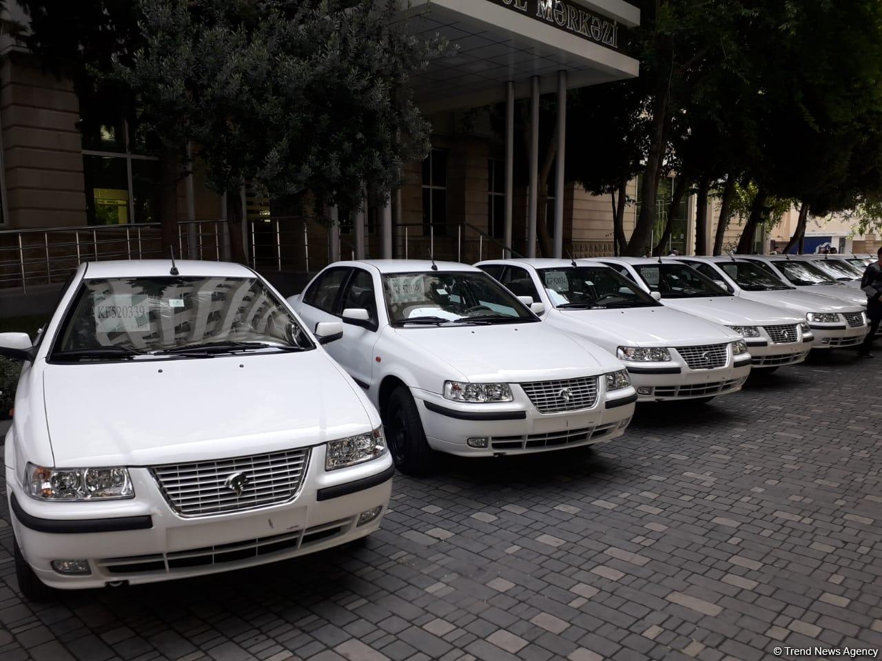 Bu gün daha 50 avtomobil Qarabağ müharibəsi əlillərinə təqdim olunub (FOTO) - Gallery Image