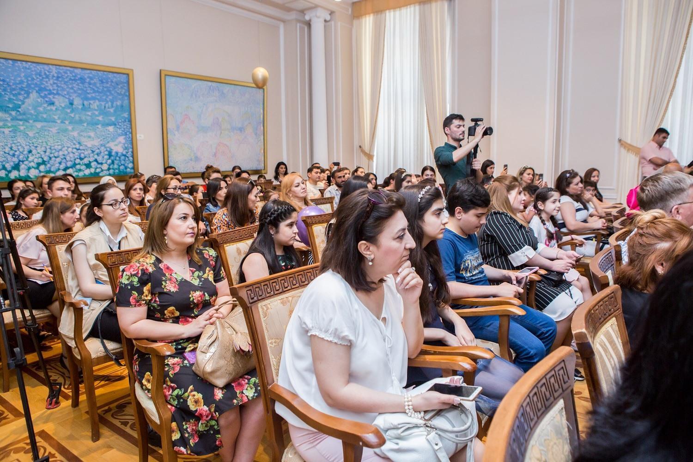 """В Баку определены победители конкурса """"Нарисуй мне этот мир"""" (ФОТО) - Gallery Image"""