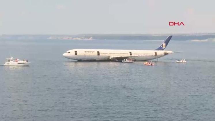 У берегов Турции затонул пассажирский самолет (ФОТО) - Gallery Image