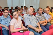 В Xalq Bank состоялась торжественная презентация полного собрания сочинений Мирзы Шафи Вазеха  (ФОТО) - Gallery Thumbnail