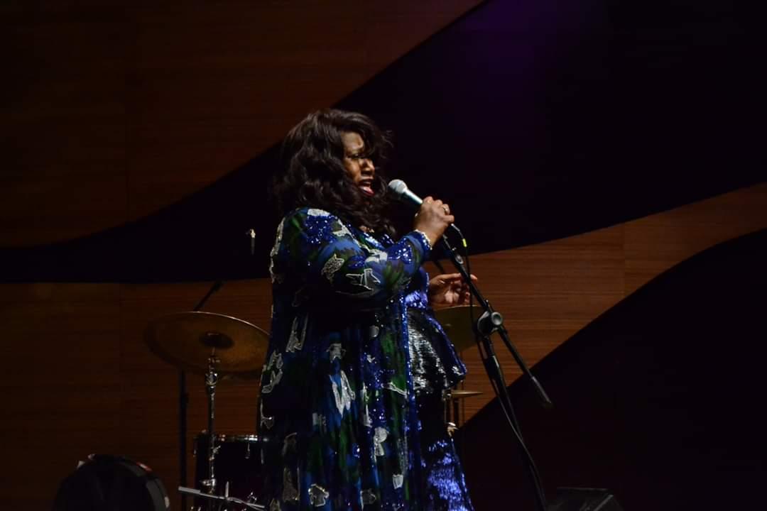 Beynəlxalq Muğam Mərkəzində əfsanəvi Denise Kingin konserti keçirildi (FOTO) - Gallery Image