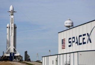 Запуск ракеты SpaceX с 60 интернет-спутниками отменен перед самым стартом