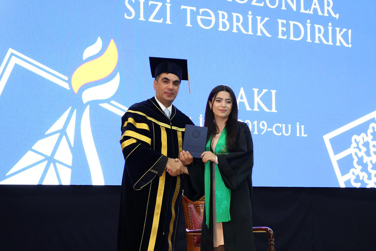 Baku Higher Oil School holds Graduation Ceremony (PHOTO)
