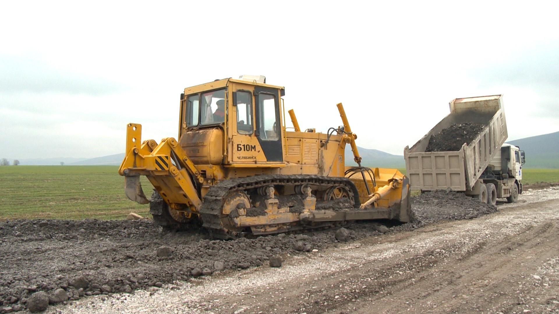 В регионах Азербайджана продолжается масштабная реконструкция дорожной инфраструктуры (ФОТО) - Gallery Image
