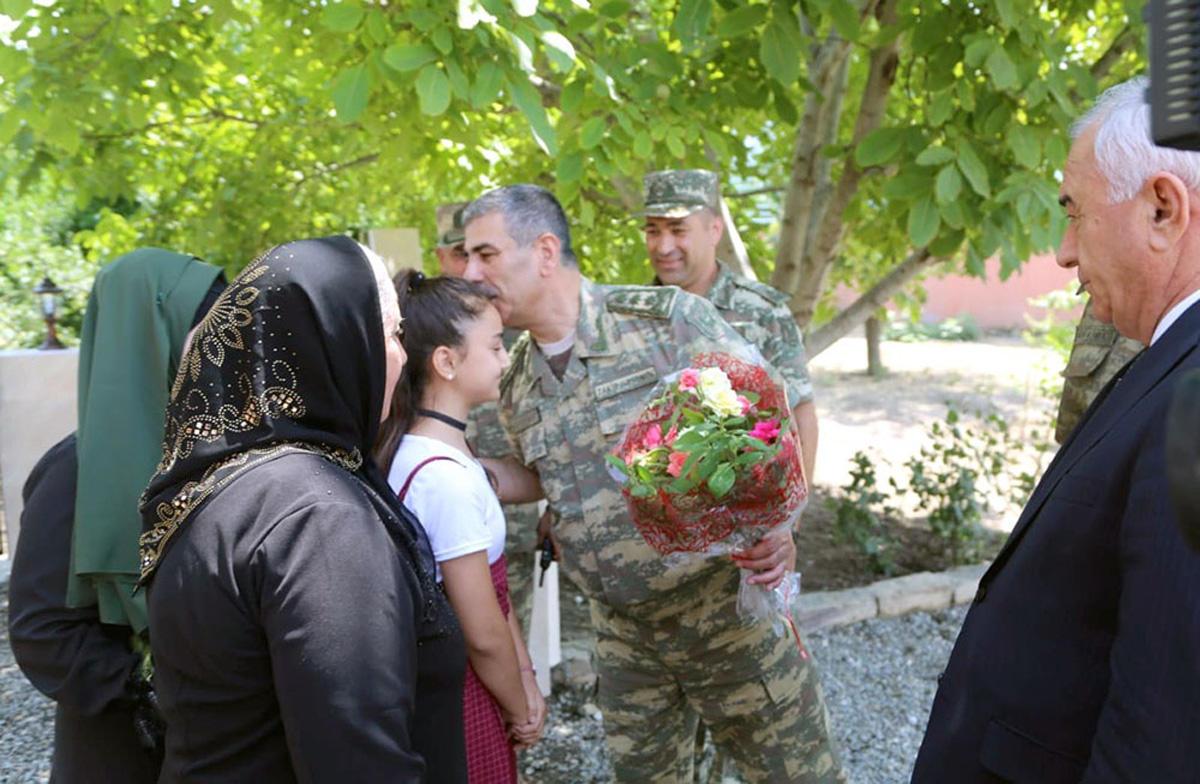 Закир Гасанов принял участие в открытии нового военного объекта в прифронтовой зоне (ФОТО/ВИДЕО) - Gallery Image