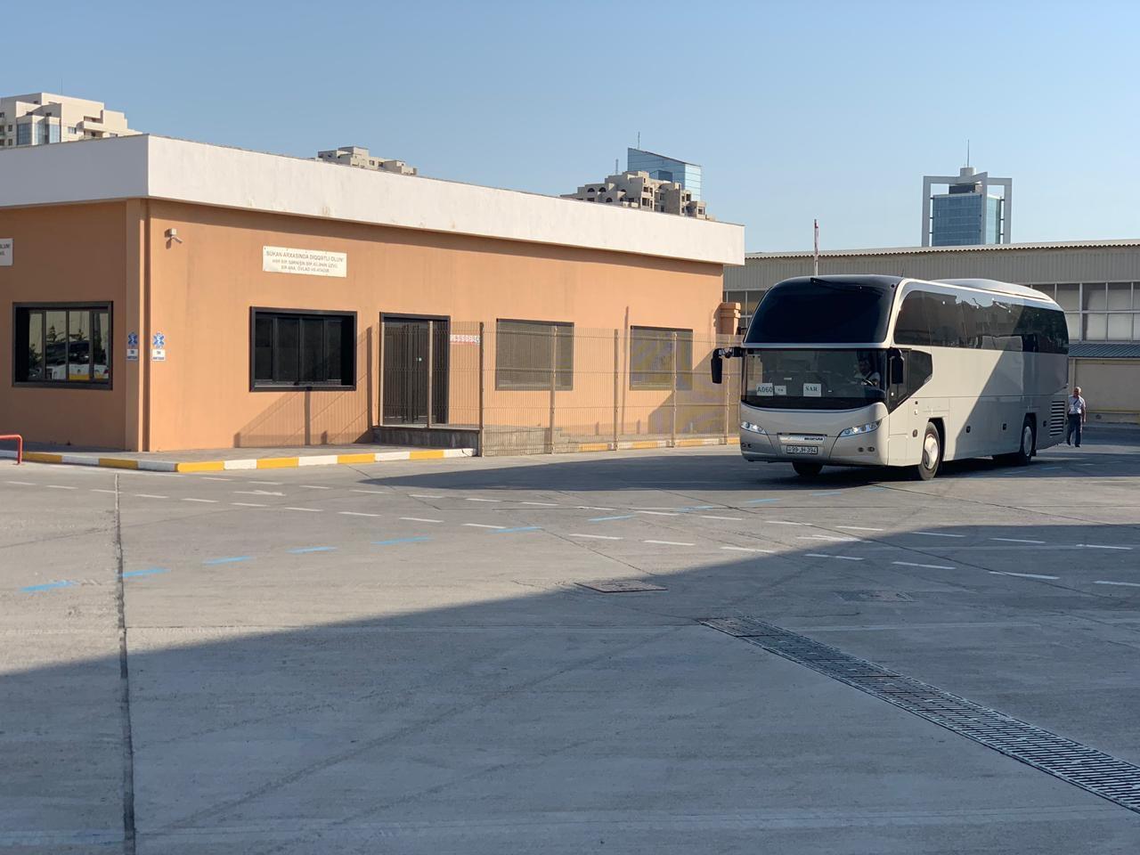 EYOF Bakı 2019-da qonaqların və atletlərin daşınmasına 140 avtobus və 38 miniavtobus cəlb edilib (FOTO) - Gallery Image
