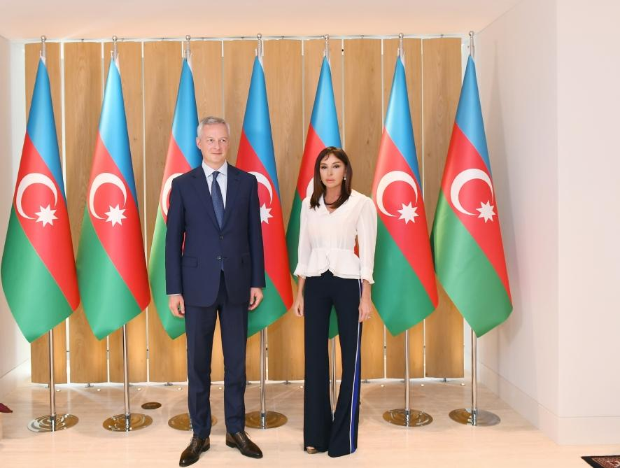 Azerbaijani first VP meets with French minister of economy and finance (PHOTO) - Gallery Image