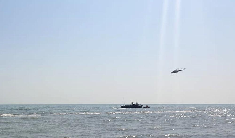 Foreign specialists, divers involved in search operations of Azerbaijani crashed military aircraft (PHOTO) - Gallery Image