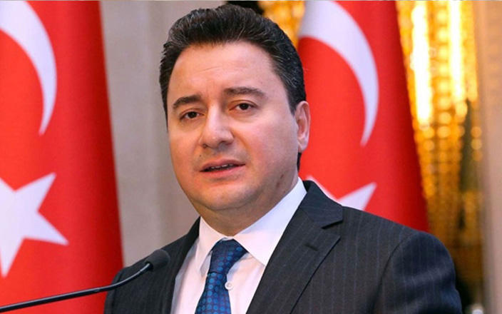 Ex-Turkish economy minister names approximate date for creation of new political party