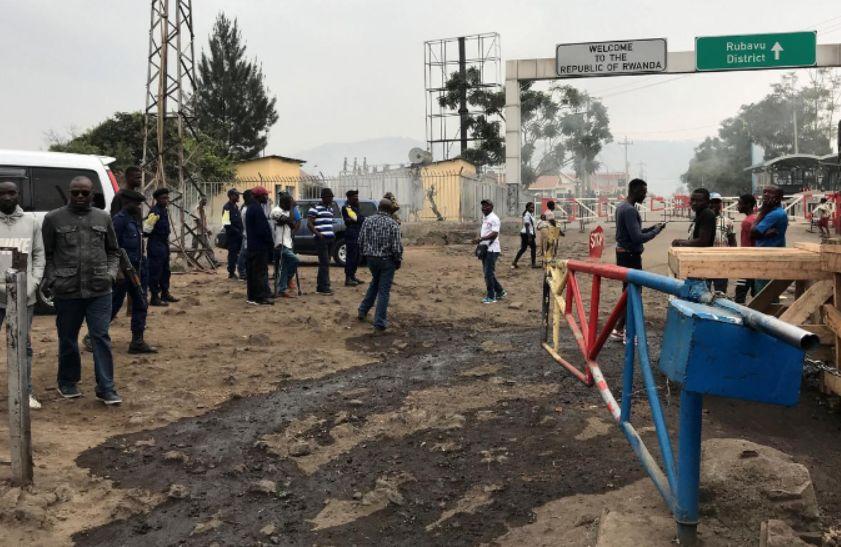 Congo says Rwanda has closed border near Goma