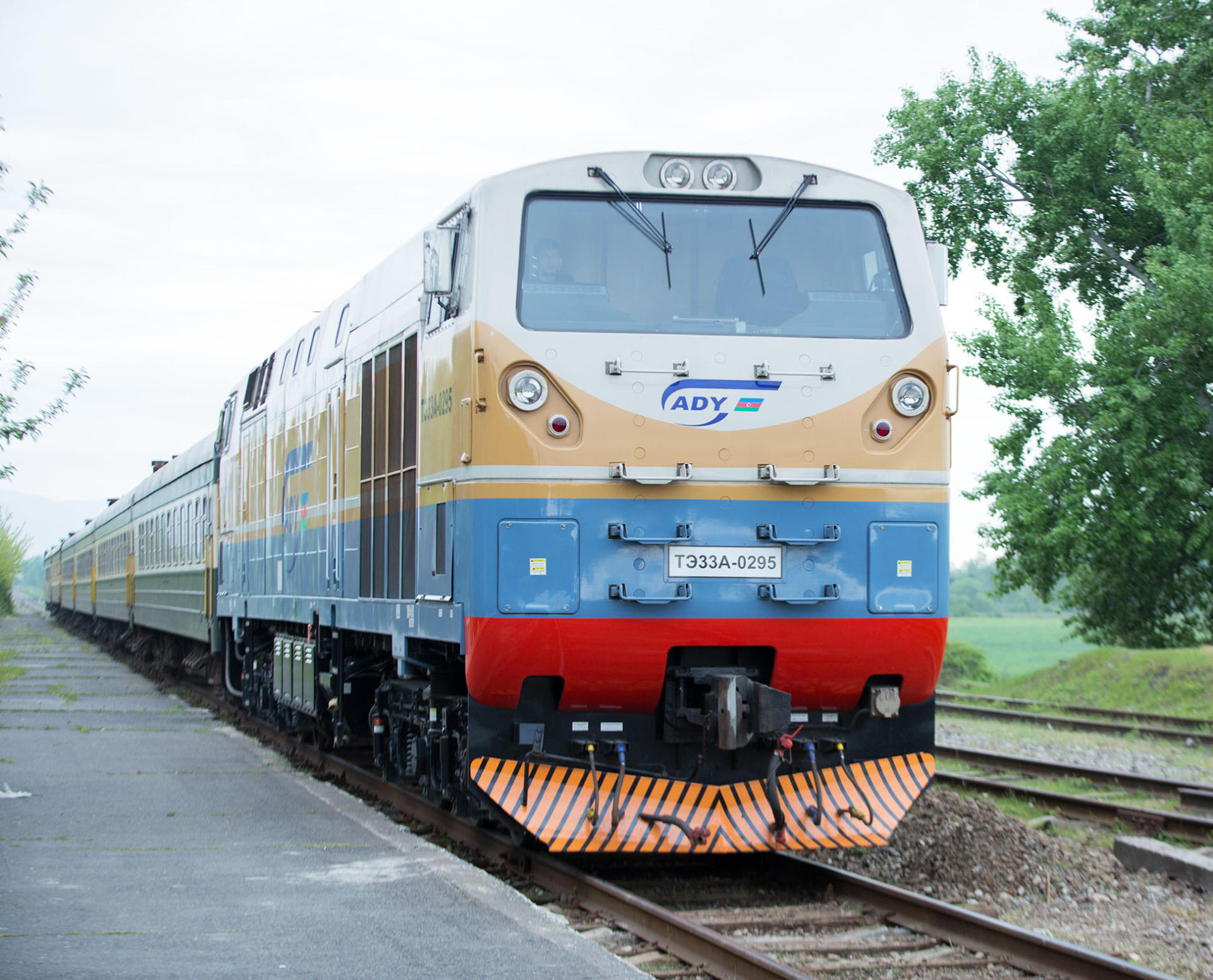 Azerbaijan Railways company discloses number of passengers transported in 2019 (PHOTO)