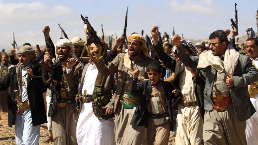 Yemeni Houthi rebels fire missile to force away Saudi-led coalition's warplane
