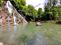 Magnificent beauty of Azerbaijan's Khalkhal waterfall (PHOTO) - Gallery Thumbnail