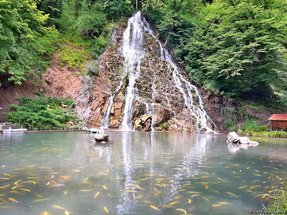 Magnificent beauty of Azerbaijan's Khalkhal waterfall (PHOTO)