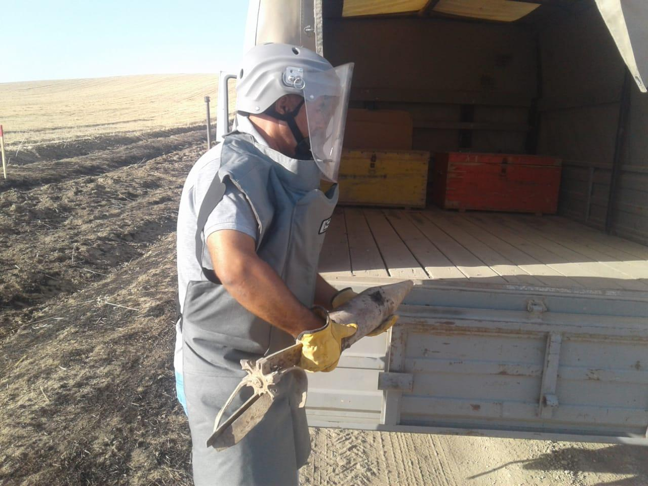 Unexploded cannon shell discovered in Azerbaijan's Fizuli district (PHOTO) - Gallery Image