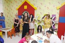 Birinci vitse-prezident Mehriban Əliyeva körpələr evi-uşaq bağçalarının açılışlarında və balacaların şənliyində iştirak edib (FOTO) - Gallery Thumbnail