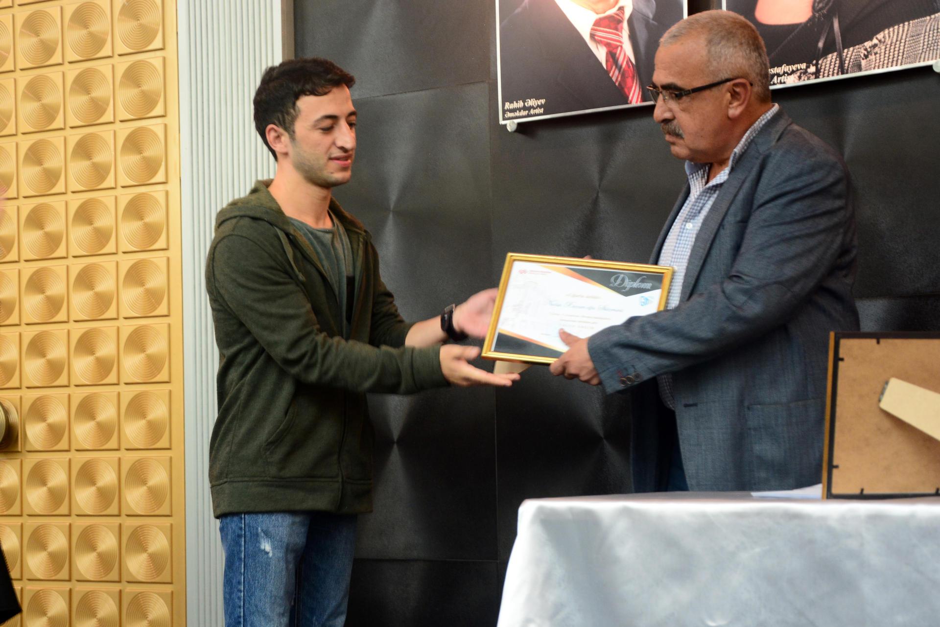 Новый театральный сезон в Азербайджане начался церемонией награждения (ФОТО) - Gallery Image