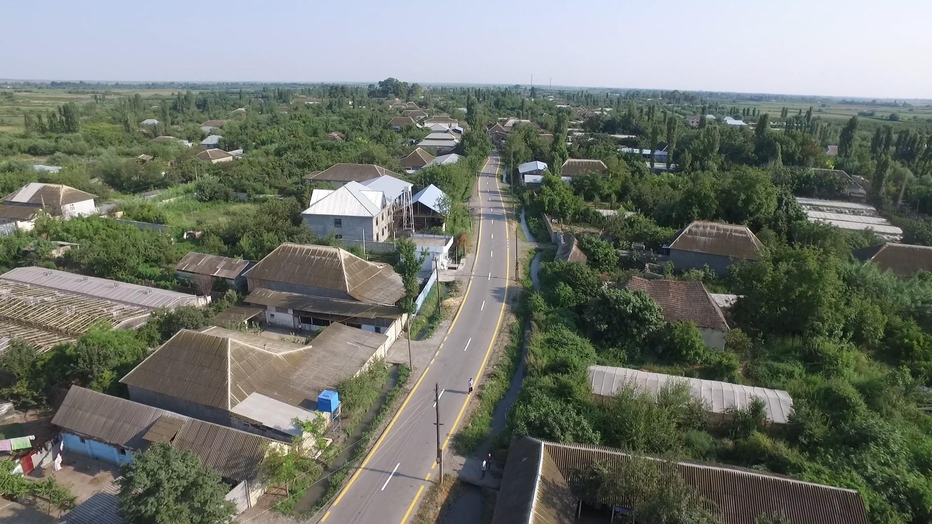 Ağdaşda 2 avtomobil yolu yenidən qurulub (FOTO) - Gallery Image