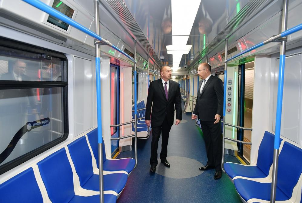 President Ilham Aliyev views work done at Khatai station of Baku Metro (PHOTO)