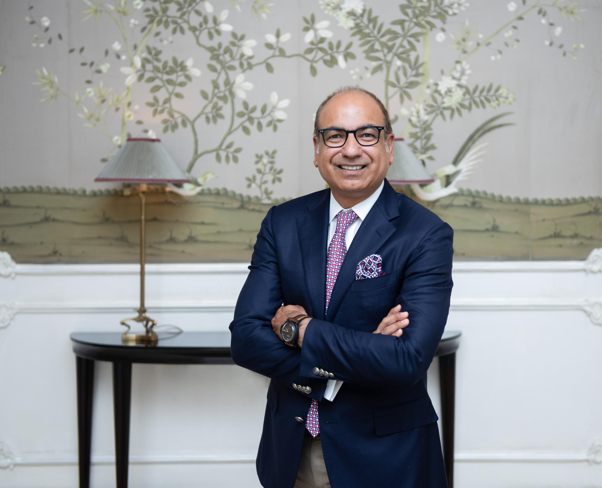 On September 5th Four Seasons Hotel Baku welcomed its new General Manager – Mr. Bob Suri (PHOTO)