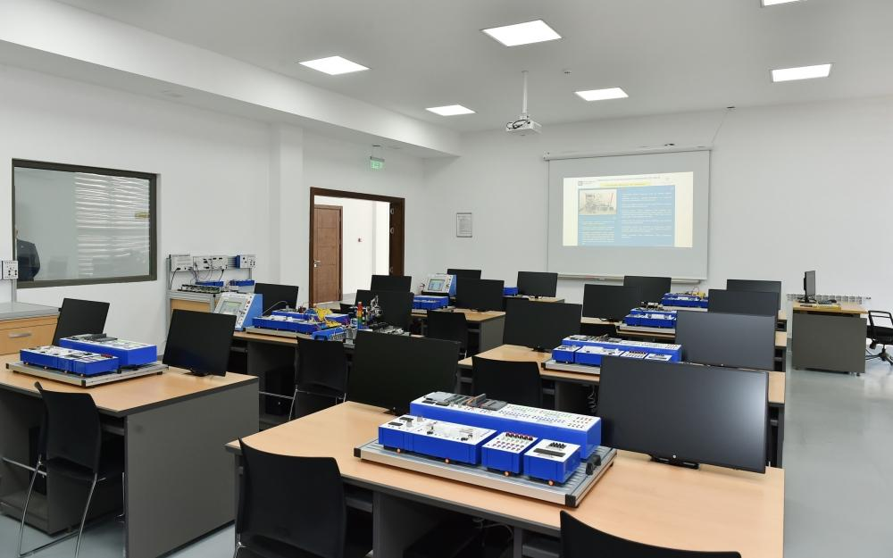 President Ilham Aliyev inaugurates Baku State Vocational Education Centre on Industry and Innovation (PHOTO) - Gallery Image
