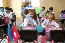 Nar makes surprise for schoolchildren on Knowledge Day (PHOTO) - Gallery Thumbnail
