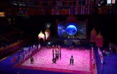 Президент Ильхам Алиев и Первая леди Мехрибан Алиева наблюдали за церемонией открытия 37-го Чемпионата мира по художественной гимнастике в Баку (ФОТО) (версия 3) - Gallery Thumbnail