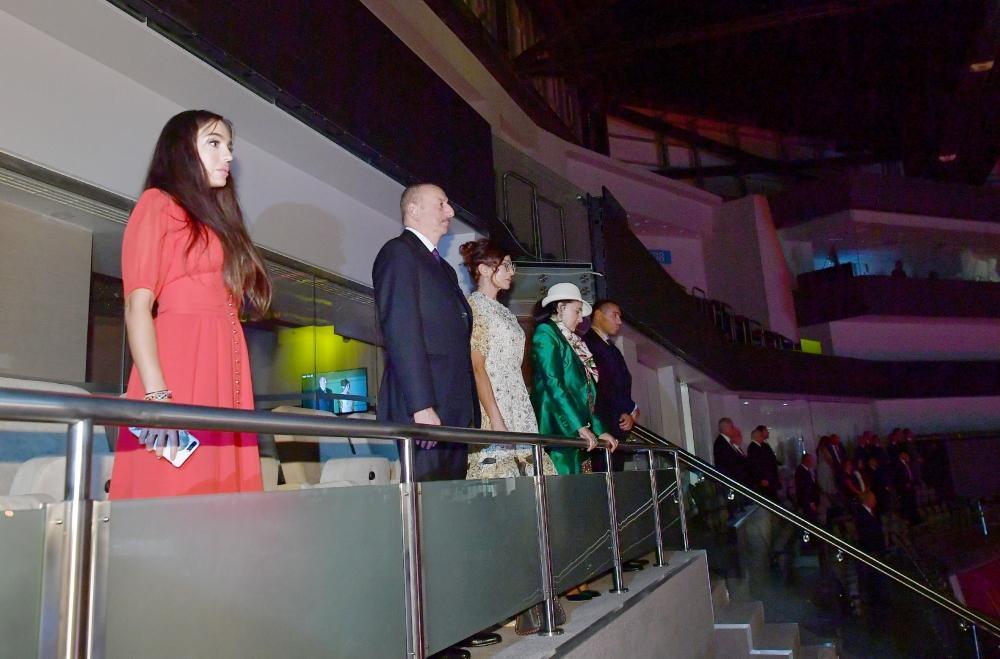 Президент Ильхам Алиев и Первая леди Мехрибан Алиева наблюдали за церемонией открытия 37-го Чемпионата мира по художественной гимнастике в Баку (ФОТО) (версия 3) - Gallery Image