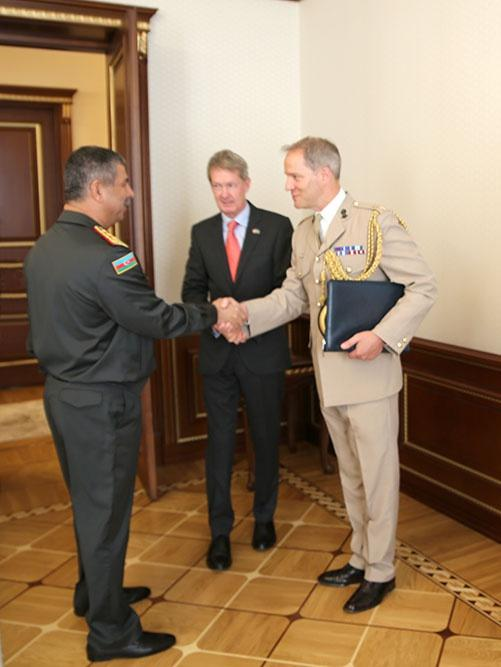 Azerbaijan's defense minister meets newly appointed UK ambassador (PHOTO) - Gallery Image