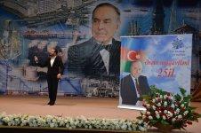 В Каспийском море в 40 км от Баку прошел праздничный концерт (ФОТО) - Gallery Thumbnail